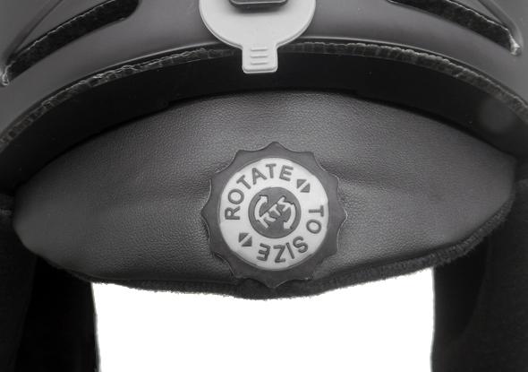 skiing helmet s06