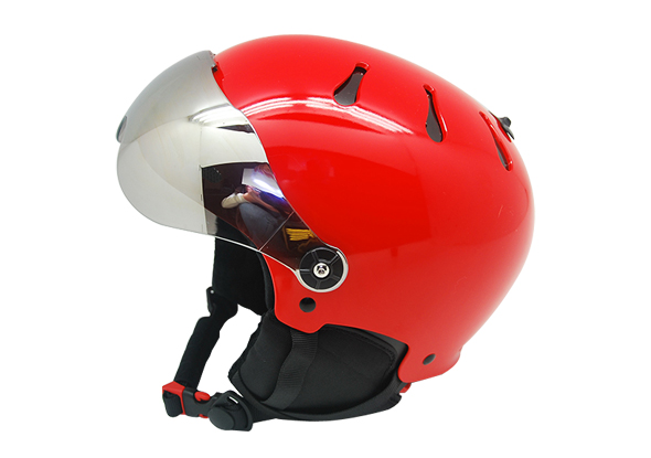 skiing helmet 1
