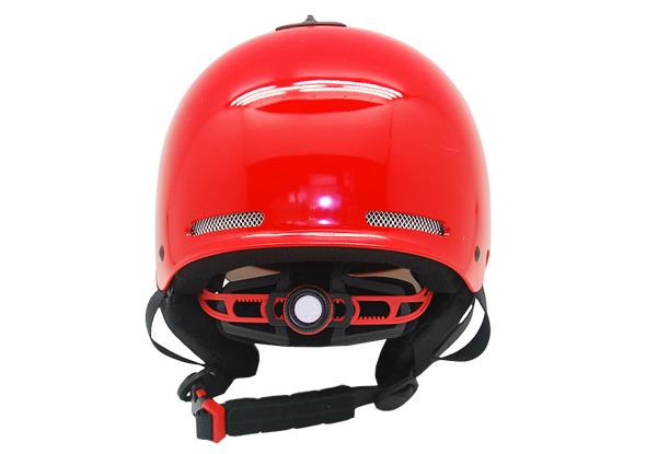 skiing helmet 3