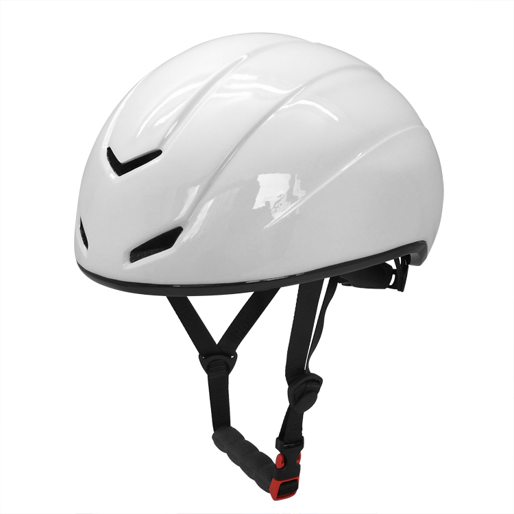 2018 new design ski helmet